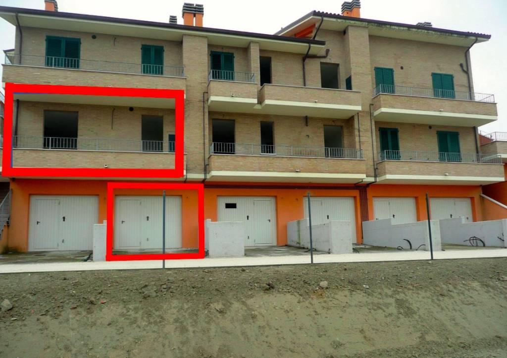 Appartamento da ristrutturare in vendita Rif. 8533101