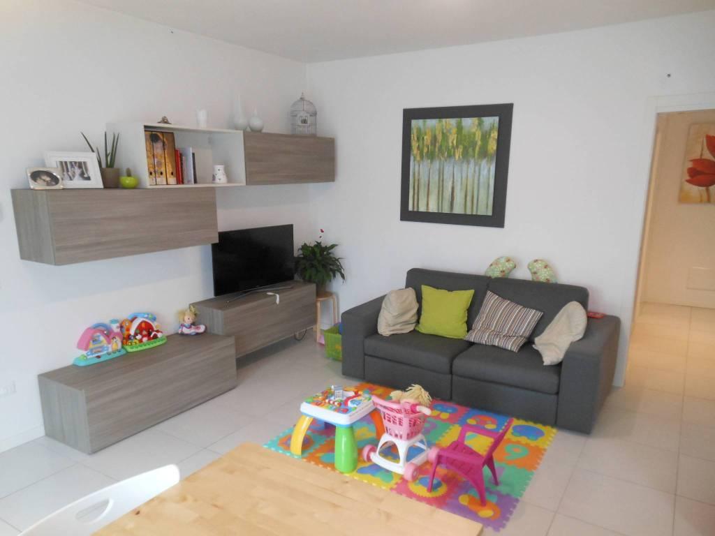 Appartamento in vendita a Povegliano, 4 locali, prezzo € 185.000 | CambioCasa.it