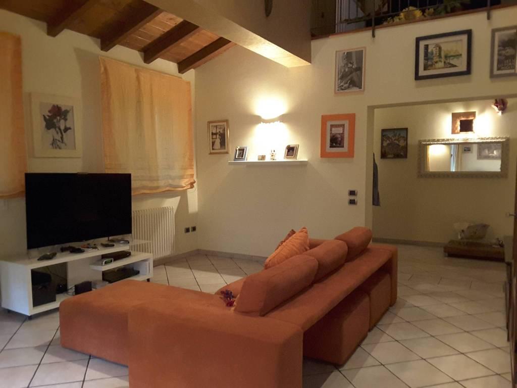 Villa in Vendita a Ravenna Periferia Sud: 5 locali, 251 mq