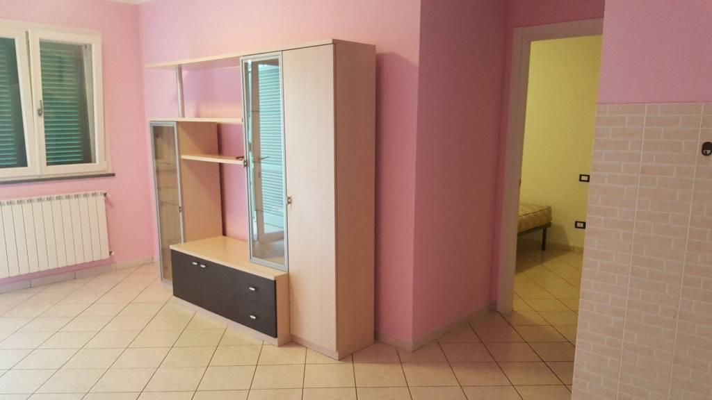 Appartamento in ottime condizioni in vendita Rif. 8534107