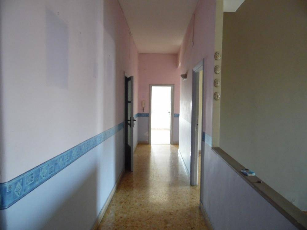 Appartamento in buone condizioni in affitto Rif. 8534024