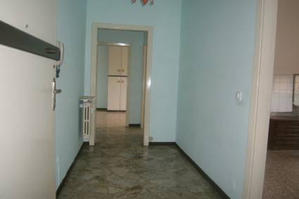 Appartamento in buone condizioni in affitto Rif. 8532318