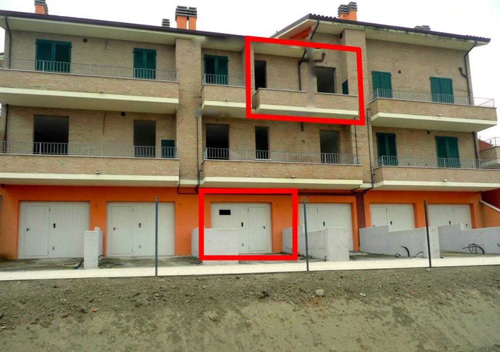 Appartamento da ristrutturare in vendita Rif. 8533102