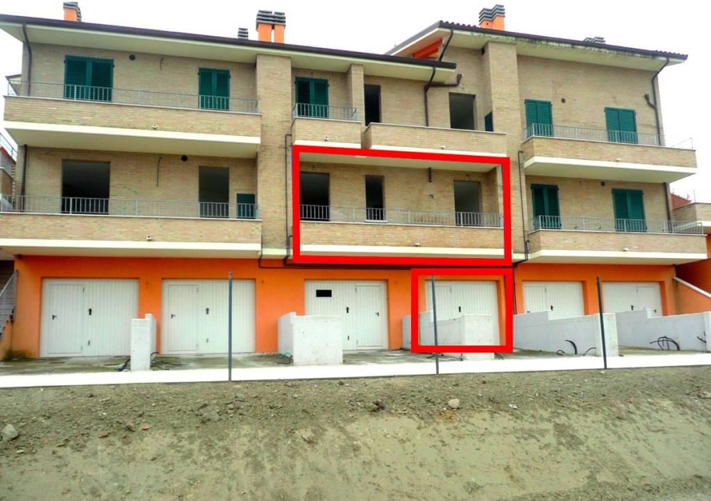 Appartamento da ristrutturare in vendita Rif. 8533103
