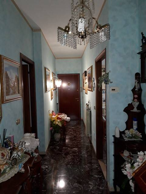 Appartamento in buone condizioni in vendita Rif. 8532499