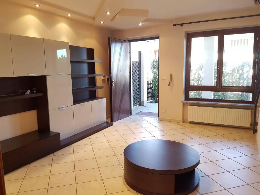 Villetta a schiera in buone condizioni in vendita Rif. 9150521