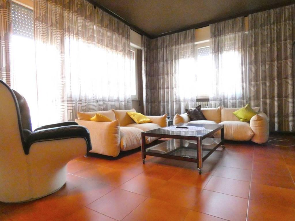 Appartamento 5 locali in affitto a Riccione (RN)
