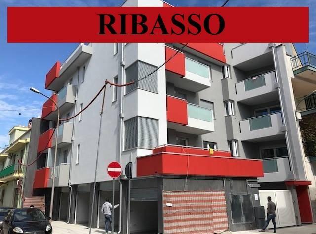 NUOVA COSTRUZIONE CLASSE A4 - PRESTIGIOSO 3 VANI BOX AUTo