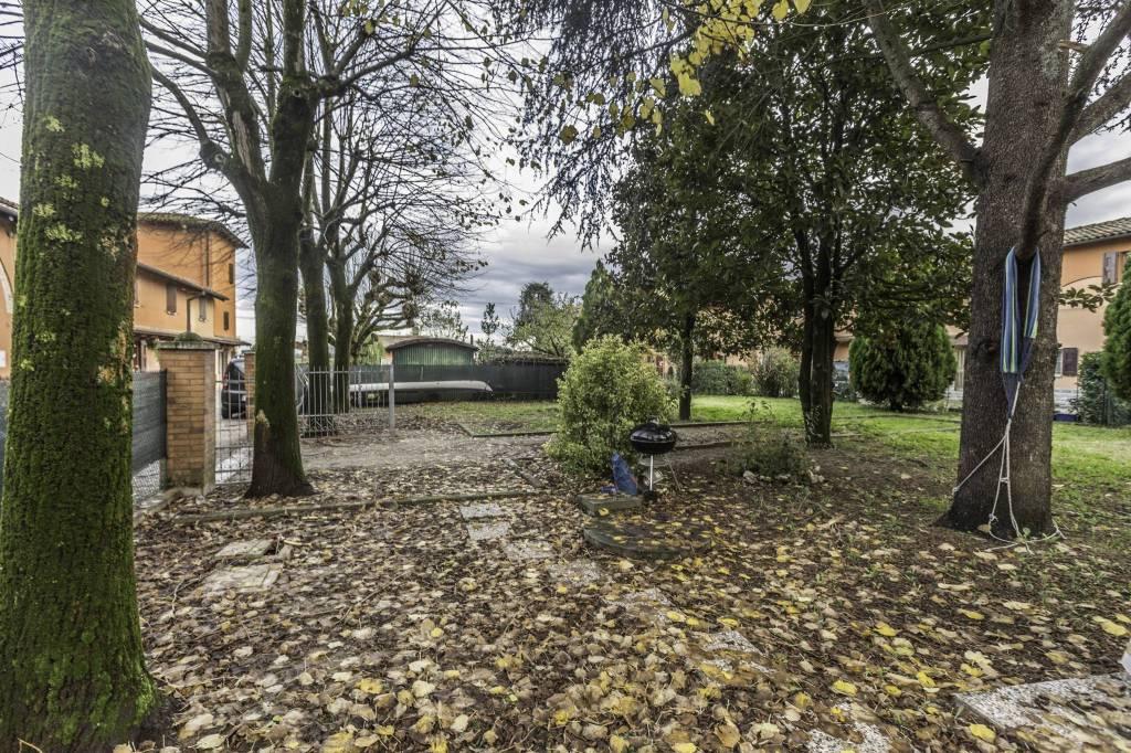 Appartamento in ottime condizioni in vendita Rif. 8549268