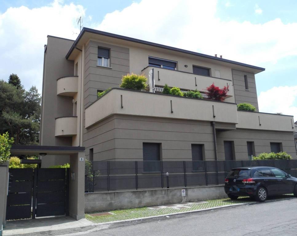 Appartamento in affitto a Mariano Comense, 2 locali, prezzo € 450   CambioCasa.it