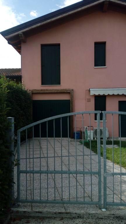 Villa a Schiera in vendita a Goito, 5 locali, prezzo € 110.000 | CambioCasa.it