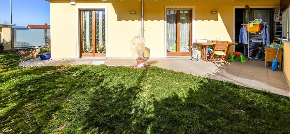 CERVASCA appartamento pari al nuovo con giardino € 145.000