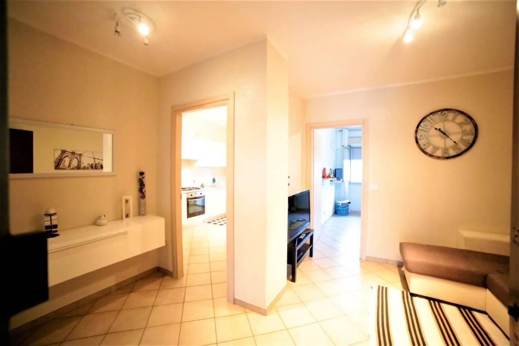 Appartamento in ottime condizioni in vendita Rif. 8549160