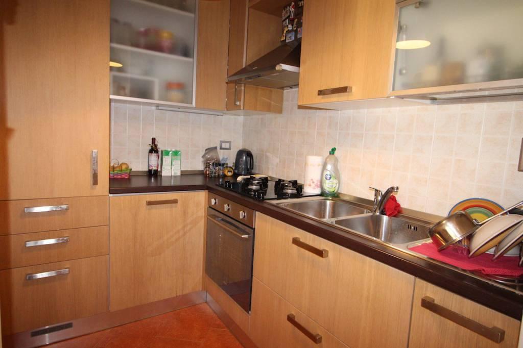 Appartamento in ottime condizioni in vendita Rif. 8482041