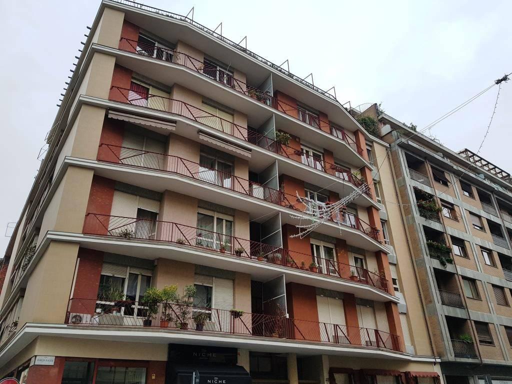 Appartamento in buone condizioni arredato in affitto Rif. 8549481