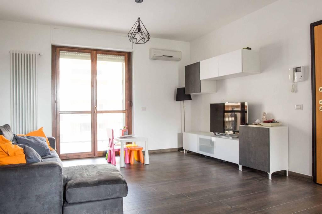 Appartamento in ottime condizioni in vendita Rif. 8548816