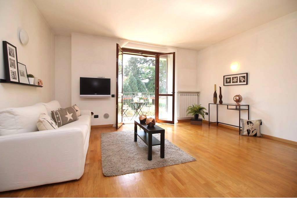Appartamento in ottime condizioni in vendita Rif. 8552671