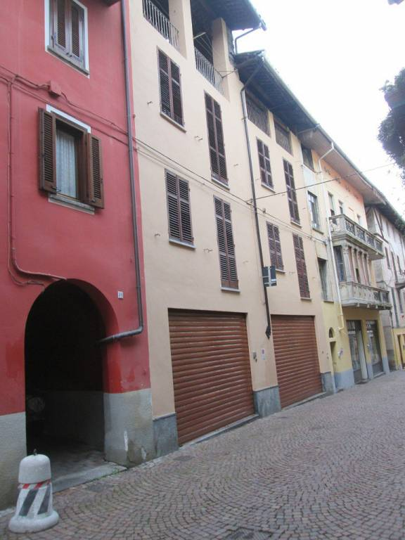 Appartamento in buone condizioni in vendita Rif. 8546901