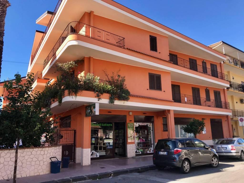 Appartamento quadrilocale in affitto a Mer (ME)