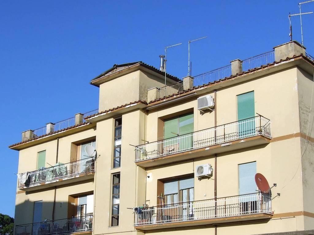 Appartamento trilocale in vendita a Nepi (VT)