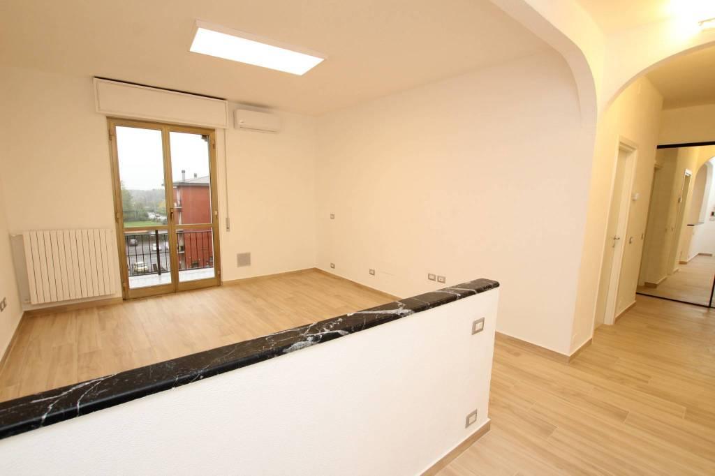 Appartamento in ottime condizioni in vendita Rif. 8564681