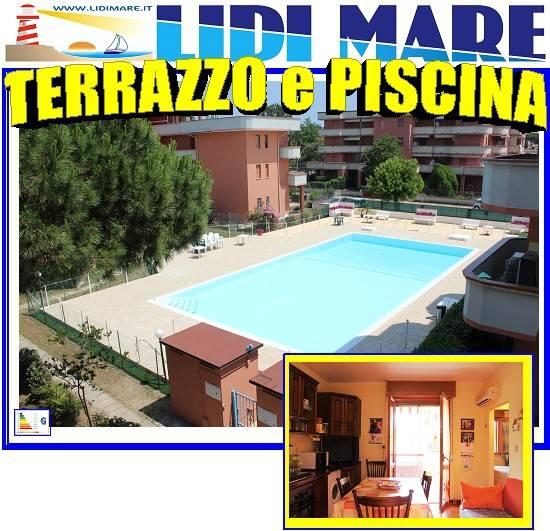 Appartamento in buone condizioni arredato in vendita Rif. 8505046