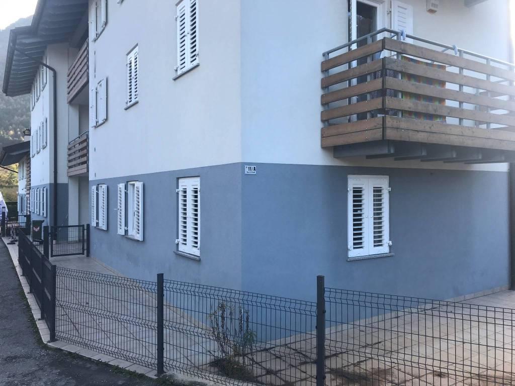 Appartamento in buone condizioni parzialmente arredato in vendita Rif. 8562840