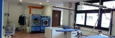 Lavanderia - tintoria monolocale in vendita a Ciampino (RM)