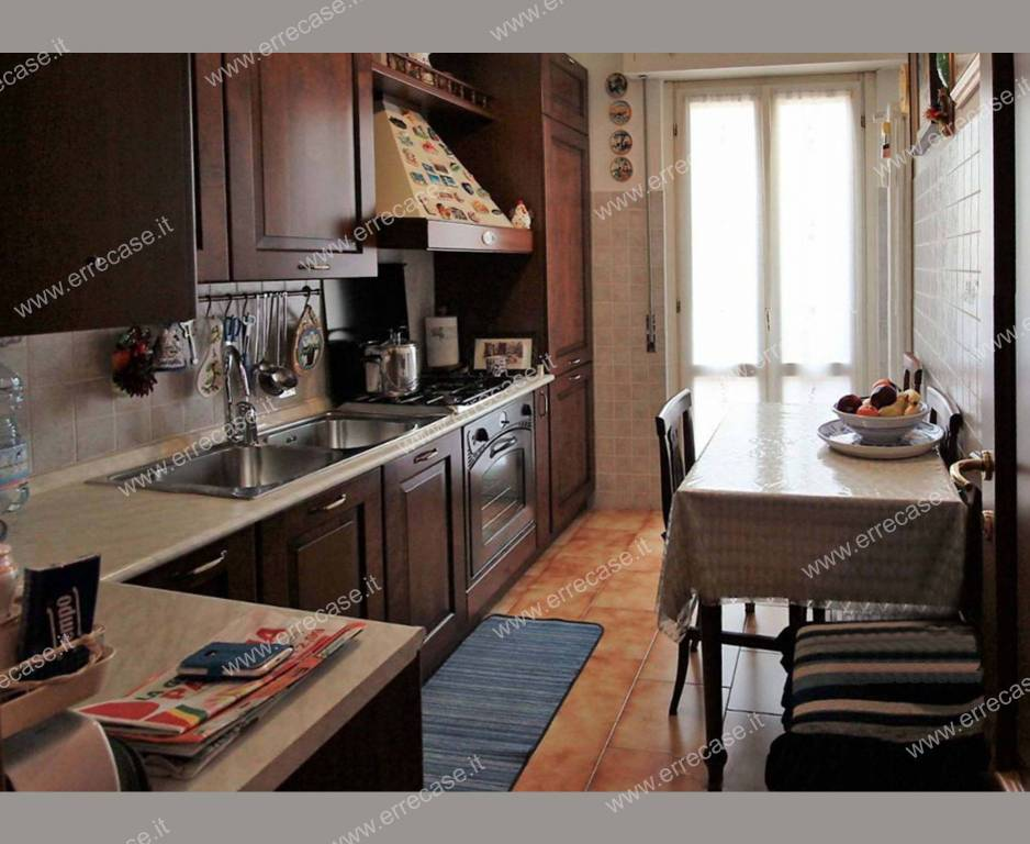 Appartamento in ottime condizioni parzialmente arredato in vendita Rif. 8562041