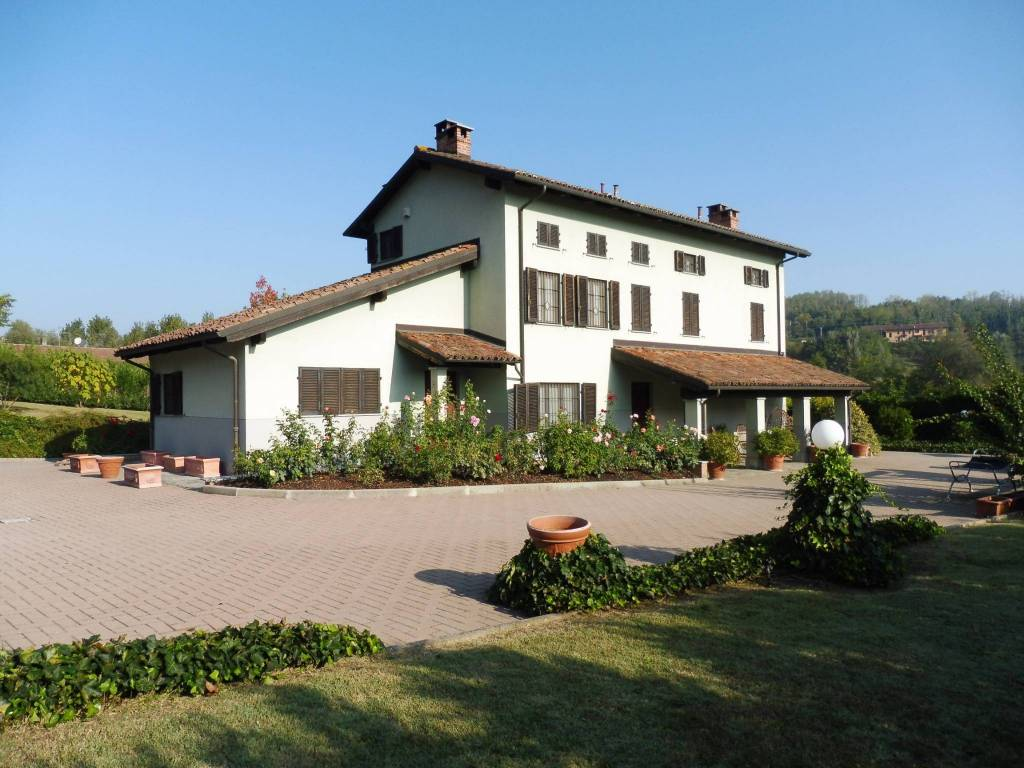 Foto 1 di Villa Castagnole Monferrato