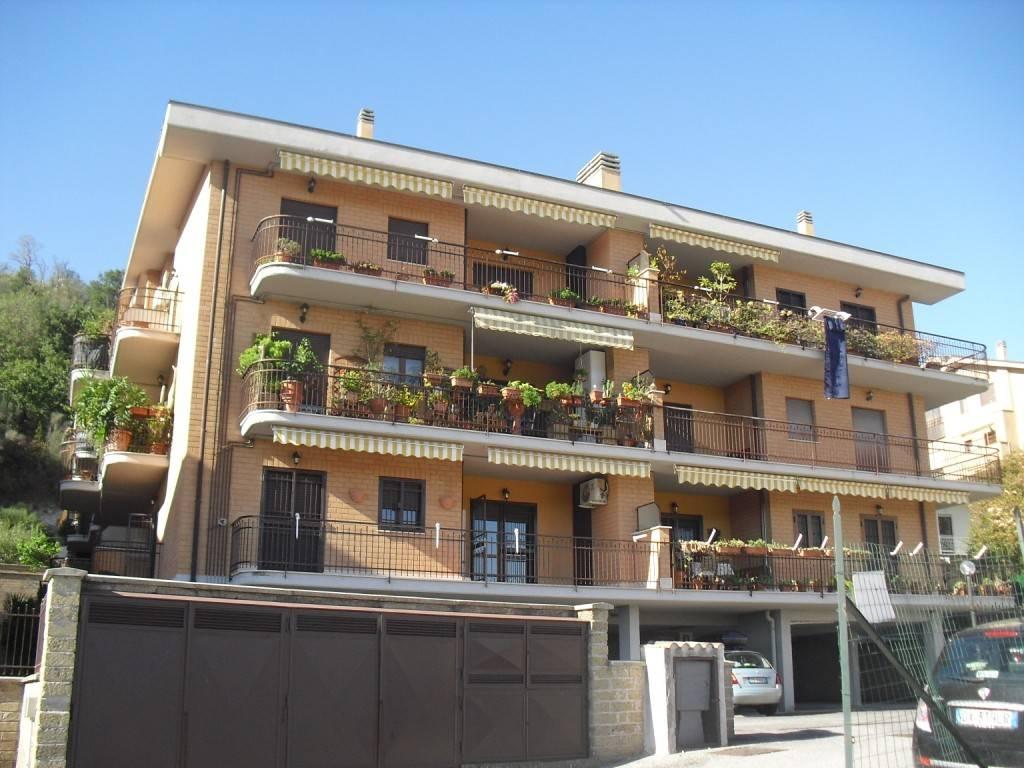 Appartamento in vendita Rif. 8560911