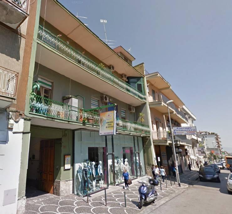 Appartamento in buone condizioni in affitto Rif. 8560779