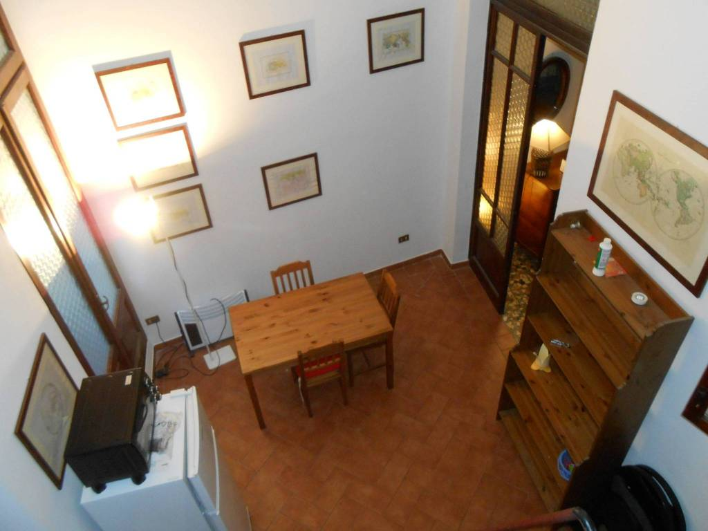 Appartamento in buone condizioni arredato in affitto Rif. 8831952