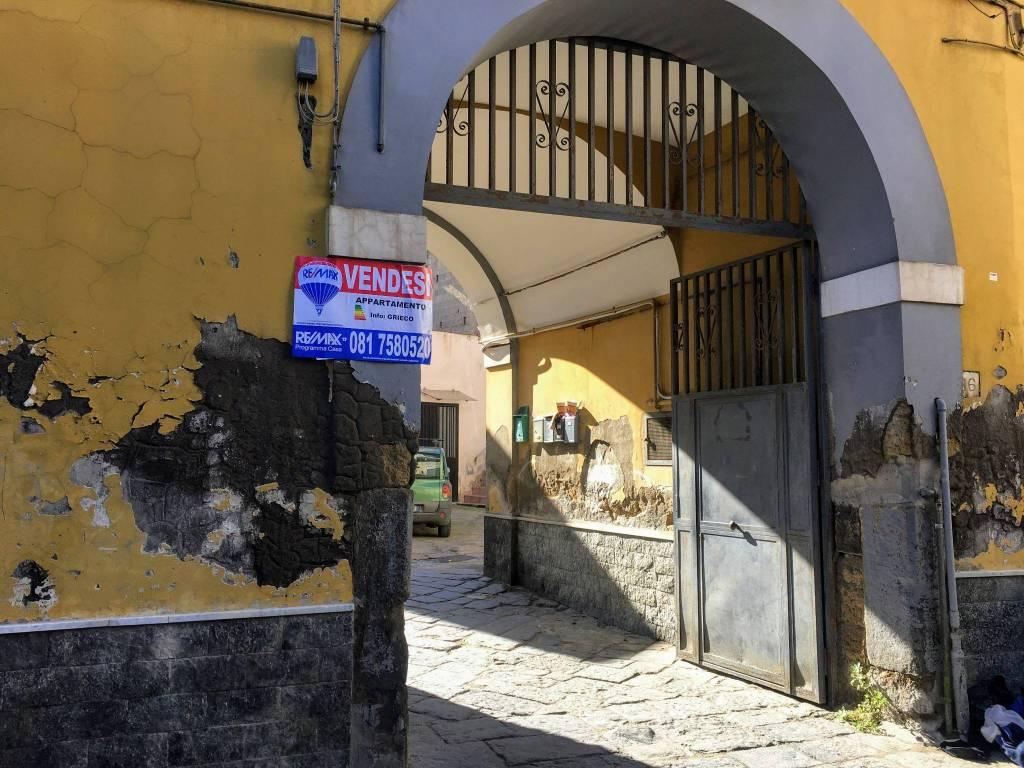 Appartamento da ristrutturare in vendita Rif. 8562707