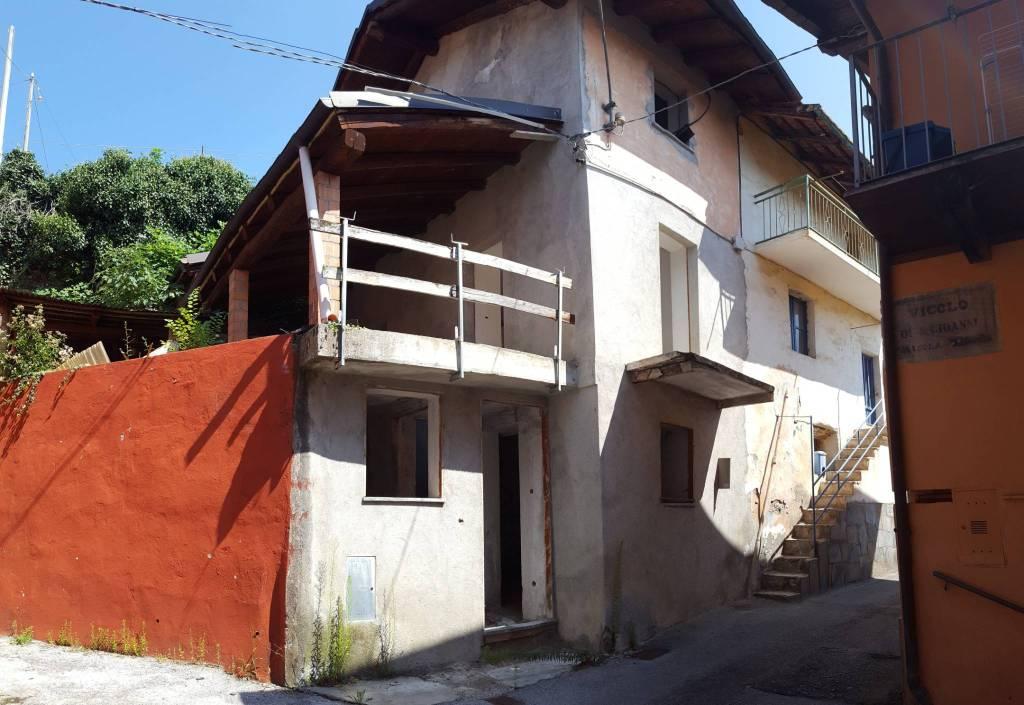 Rustico / Casale in vendita a Caraglio, 9999 locali, prezzo € 33.000 | CambioCasa.it