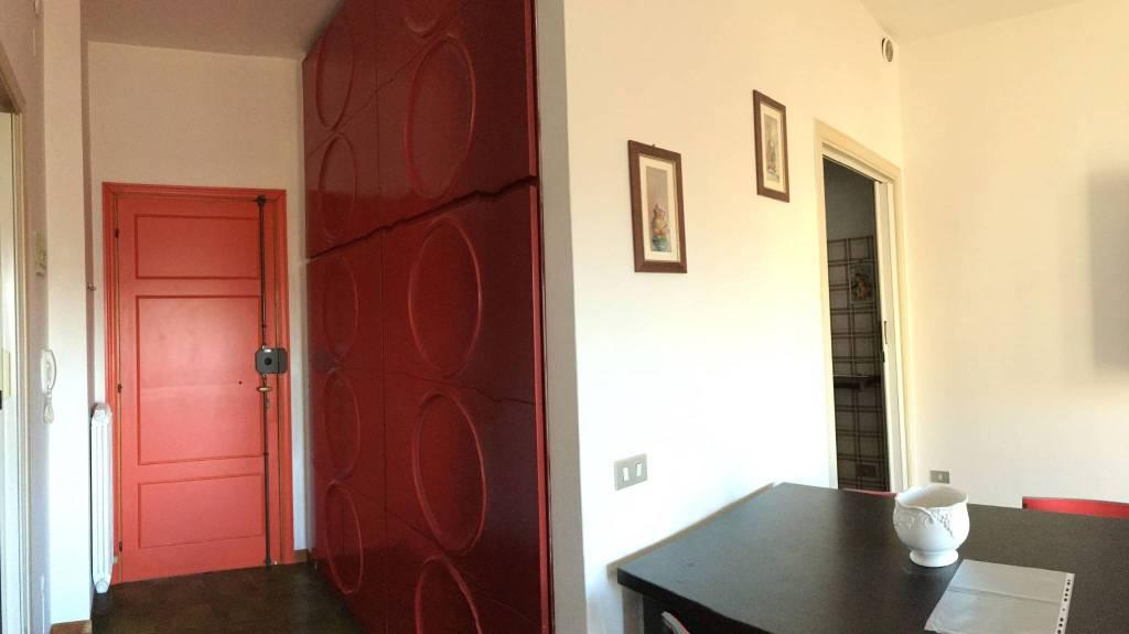 Appartamento in buone condizioni parzialmente arredato in vendita Rif. 8560814