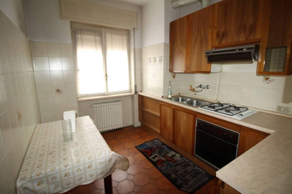 Appartamento in buone condizioni in vendita Rif. 8563007