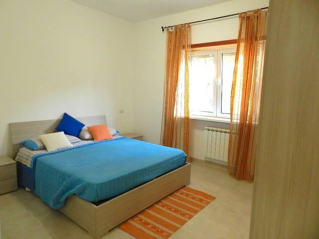 Appartamento in ottime condizioni arredato in affitto Rif. 8559628
