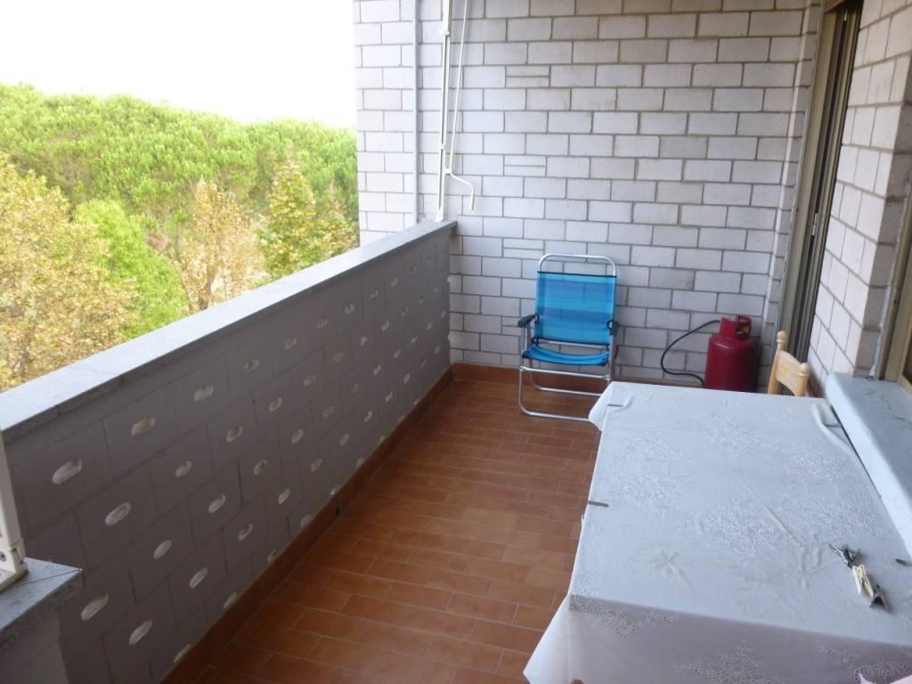 Appartamento in buone condizioni arredato in vendita Rif. 8563737