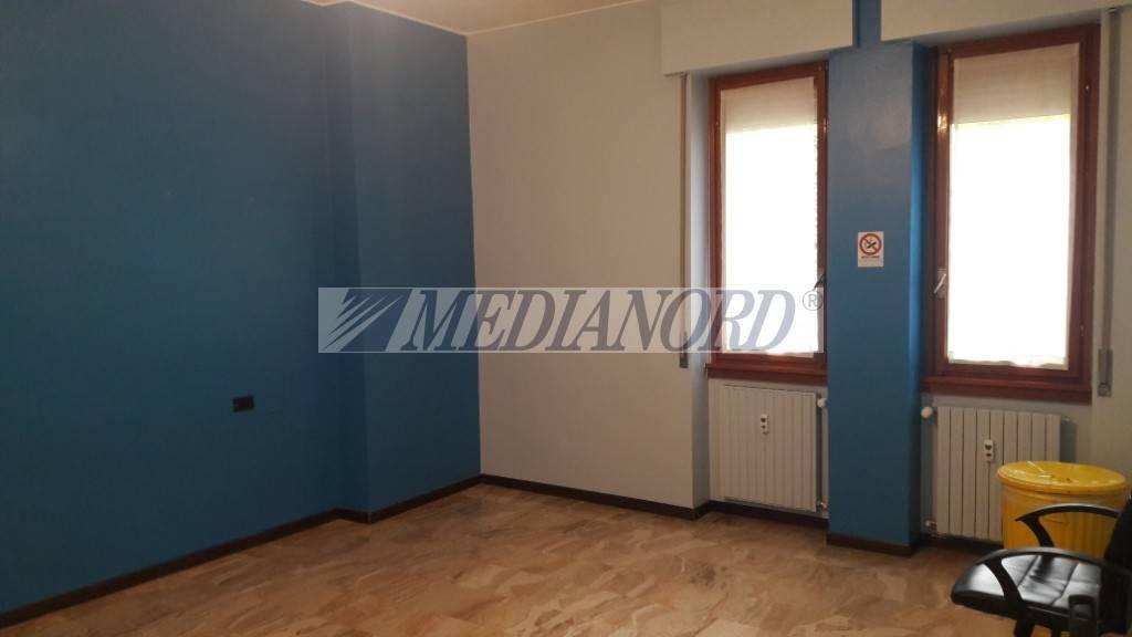 Ufficio in affitto Rif. 8576307