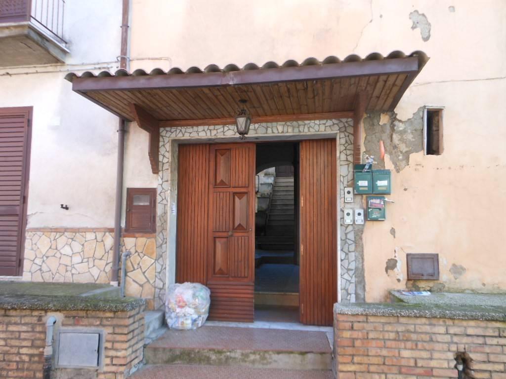 Soluzione Indipendente in vendita a Pietramelara, 5 locali, prezzo € 45.000 | CambioCasa.it