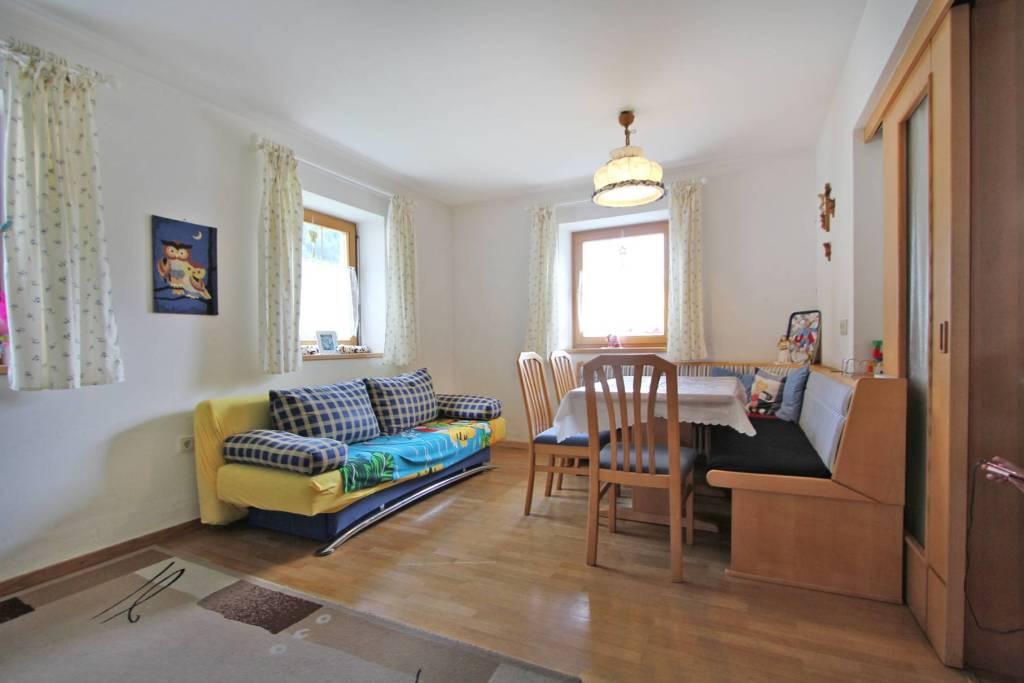 Appartamento in buone condizioni arredato in vendita Rif. 8573610