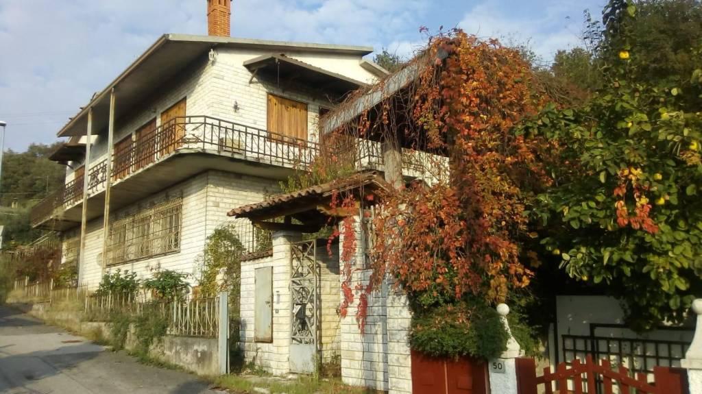 Appartamento da ristrutturare in vendita Rif. 8577773