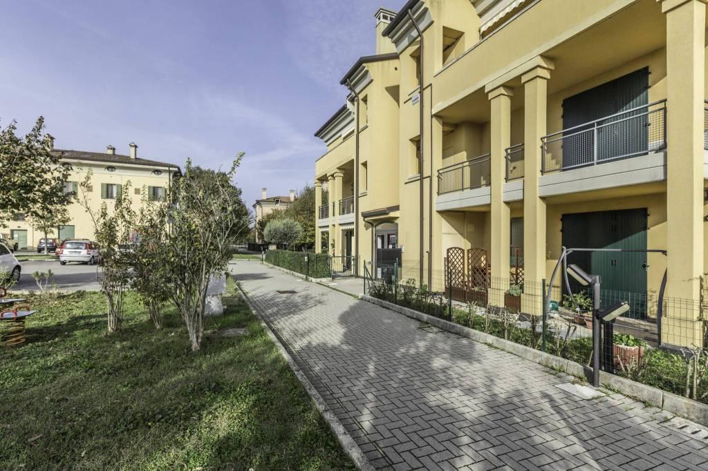 Rif.547 Castel San Pietro Terme Frazione Gallo appartamento
