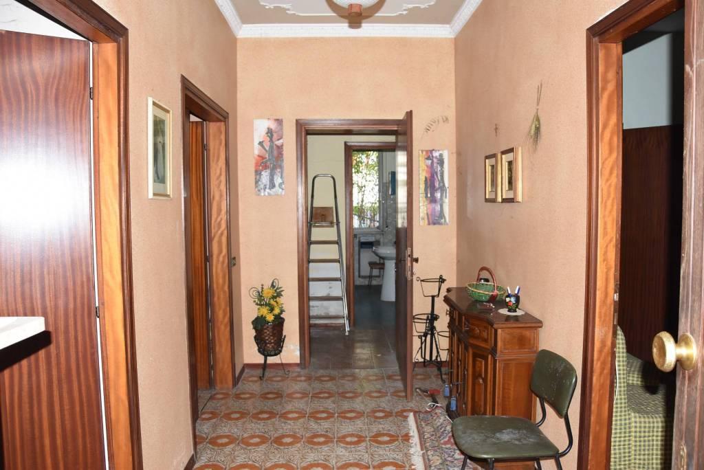 Villa da ristrutturare in vendita Rif. 8573474