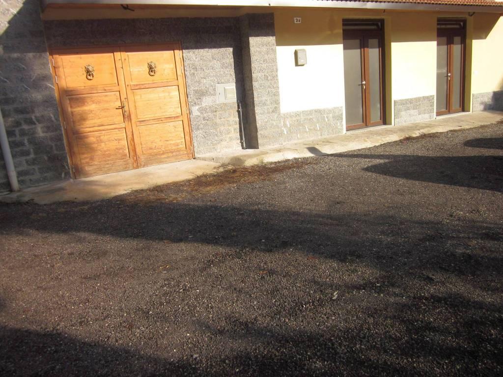 Appartamento in affitto a Besozzo, 5 locali, prezzo € 600 | CambioCasa.it