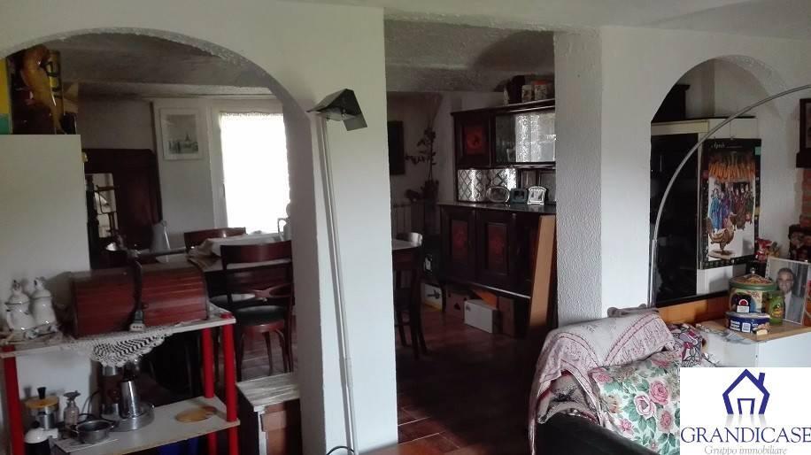 Casa Indipendente in buone condizioni in vendita Rif. 8573568