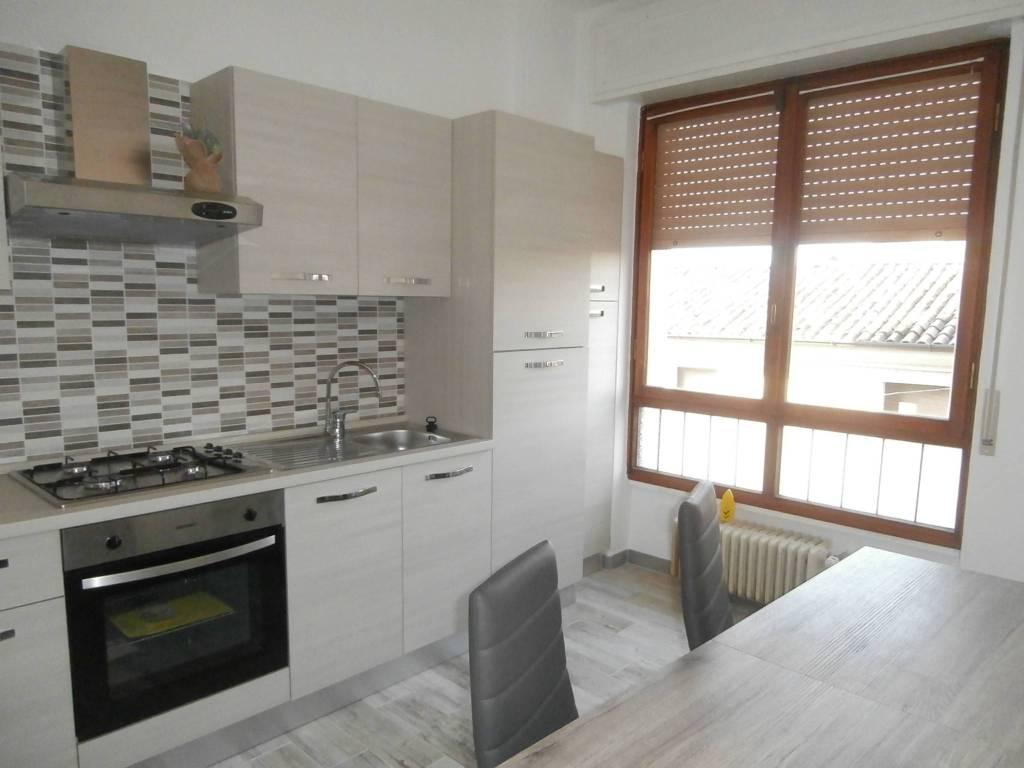 Appartamento in ottime condizioni arredato in affitto Rif. 8934851