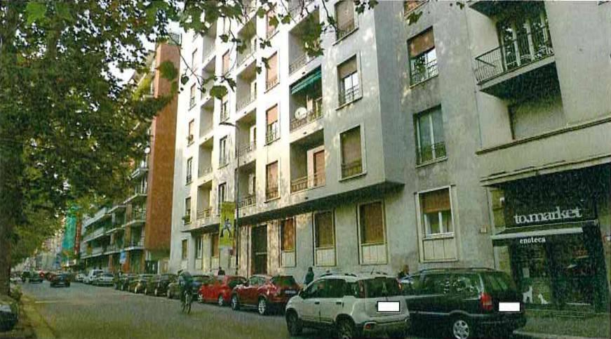 Appartamento in vendita 3 vani 153 mq.  viale Brianza 10 Milano