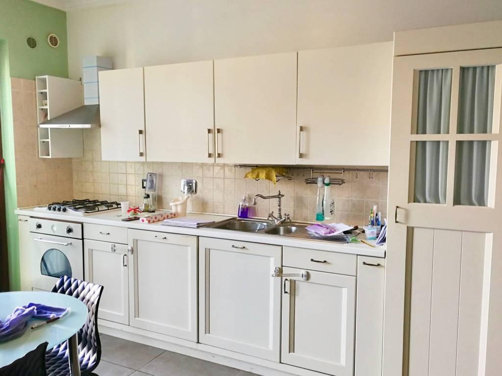 Appartamento in ottime condizioni arredato in affitto Rif. 8578586